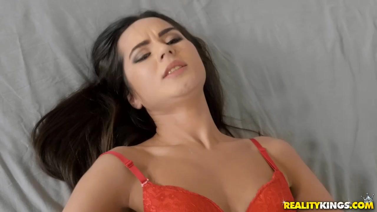 наступающим новым порно клипы знаменитости россии девушки мое…